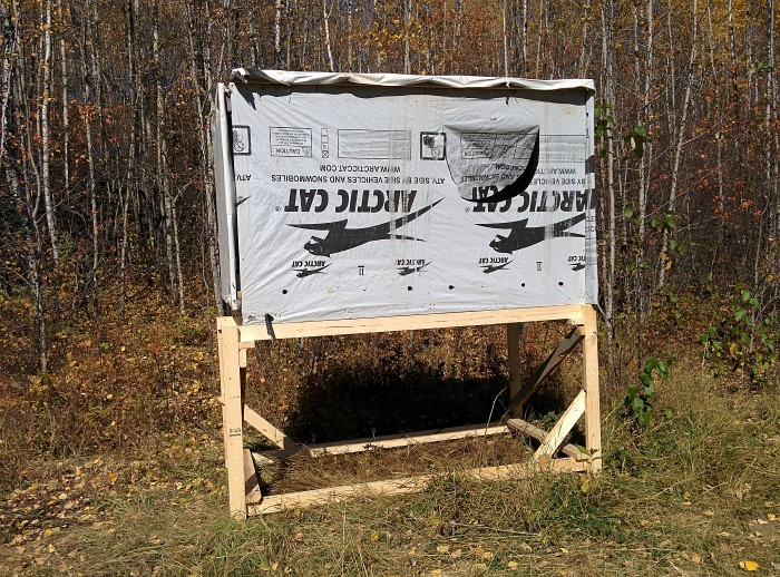 Diy elevated hunting blinds the hunting gear guy for Inside deer blind ideas
